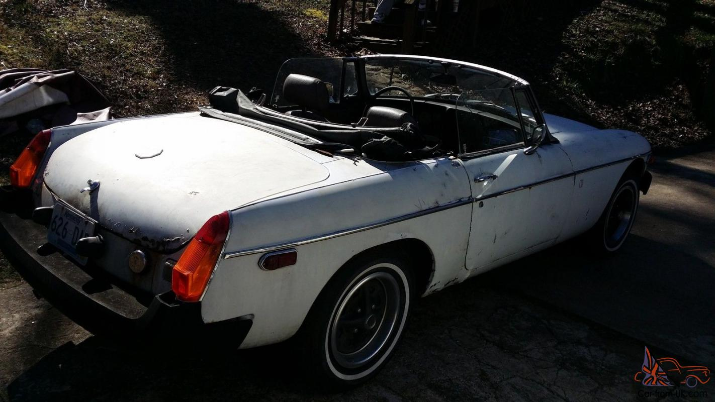 1977 mg mgb with a hard to find overdrive 4 speed manual transmission. Black Bedroom Furniture Sets. Home Design Ideas