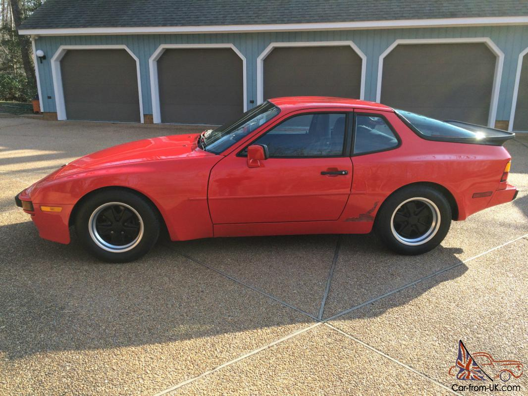 1985 5 porsche 944 red black leather 115 000 miles sunroof automatic. Black Bedroom Furniture Sets. Home Design Ideas