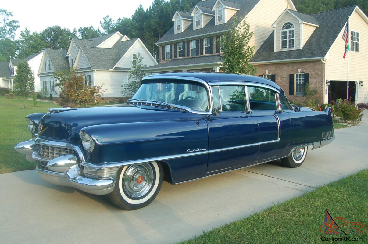 1955 Cadillac 60S Fleetwood - Dark Blue Metallic Pearl