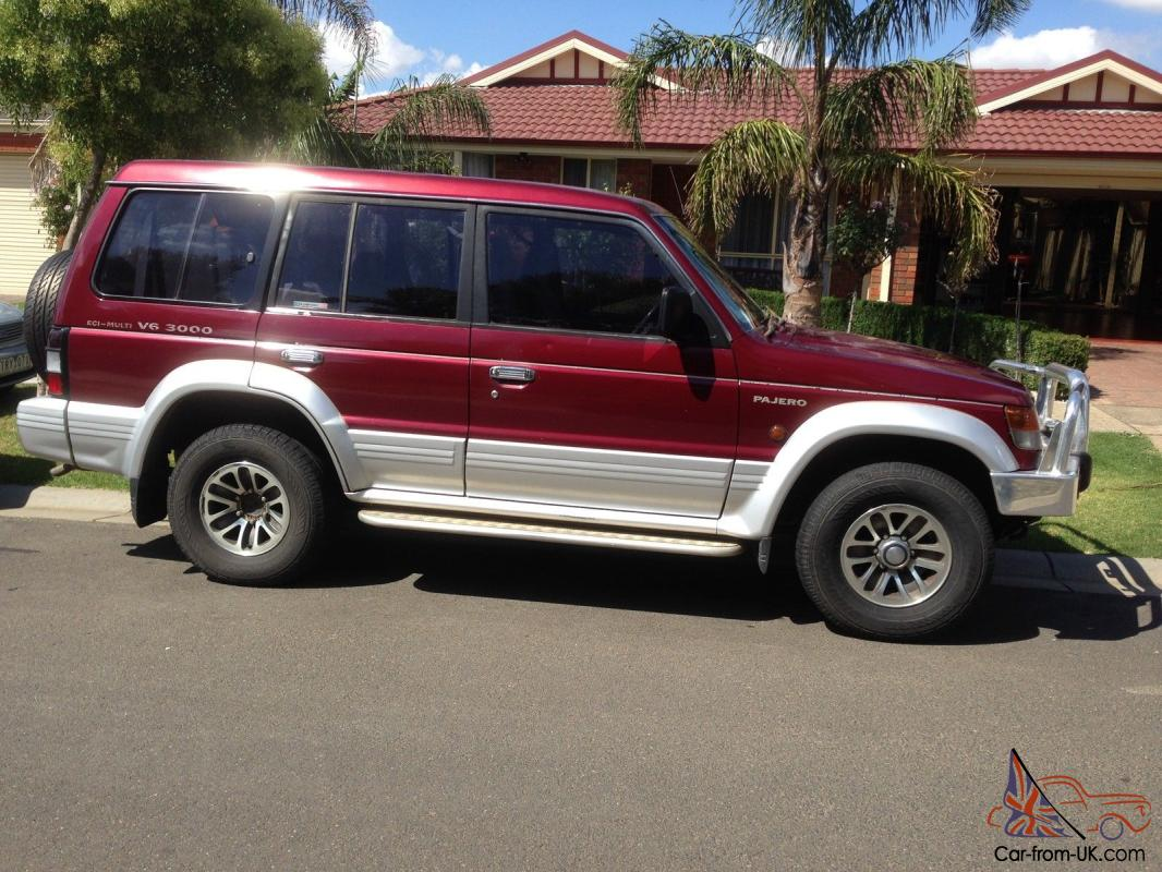 mitsubishi pajero exceed lwb 4x4 1993 wagon 4 sp auto sports mod 3 0l in cranbourne vic. Black Bedroom Furniture Sets. Home Design Ideas