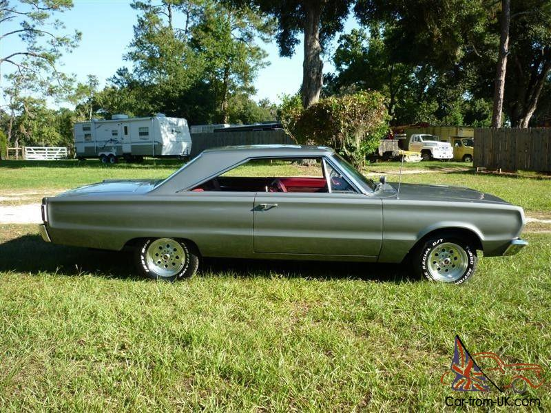 1967 plymouth satellite 440 kenny chesney 39 s young video car. Black Bedroom Furniture Sets. Home Design Ideas
