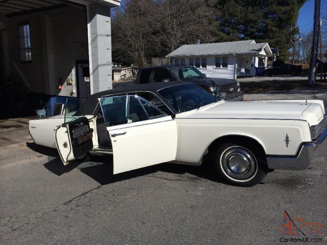 1967 lincoln continental suicide doors lowered on 24 39 39 wheels custom. Black Bedroom Furniture Sets. Home Design Ideas