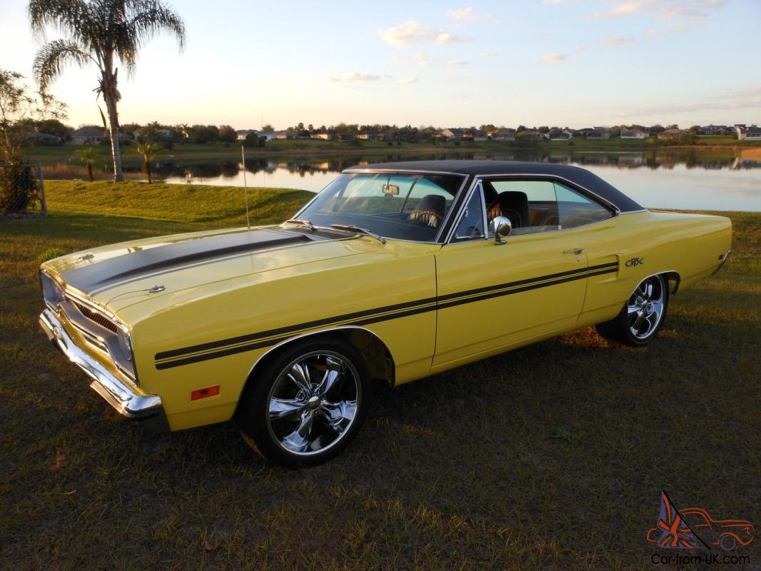 1970 Plymouth Gtx Lemon Twist With Black Top Muscle Car Collector Car