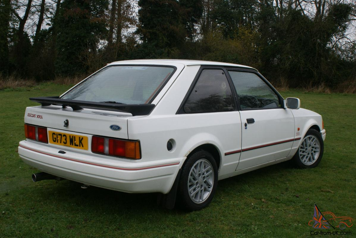 ford escort xr3i 1989 g reg barn find. Black Bedroom Furniture Sets. Home Design Ideas