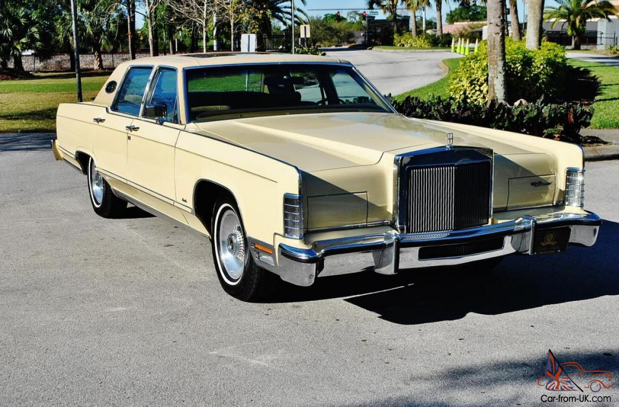 you are looking at the best 78 lincoln towncar 460 v 8 sunroof 26 166 miles mint. Black Bedroom Furniture Sets. Home Design Ideas