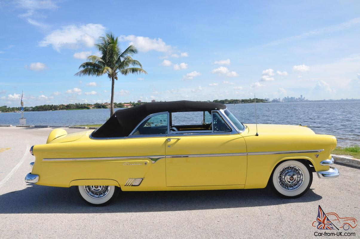 FORD Convertible Ford Crestline Sunliner Best In Show AACA - Aaca car show