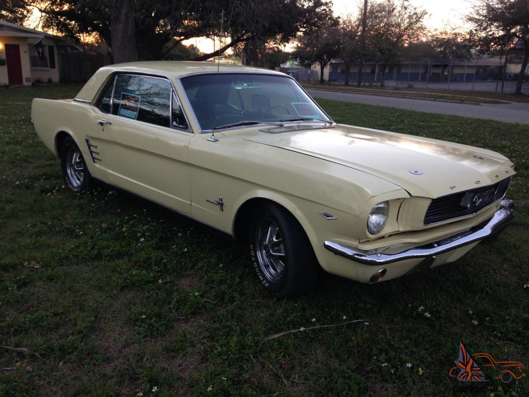 1966 ford mustang 289 v8 a c pony interior 4 speed 66 coupe hardtop. Black Bedroom Furniture Sets. Home Design Ideas