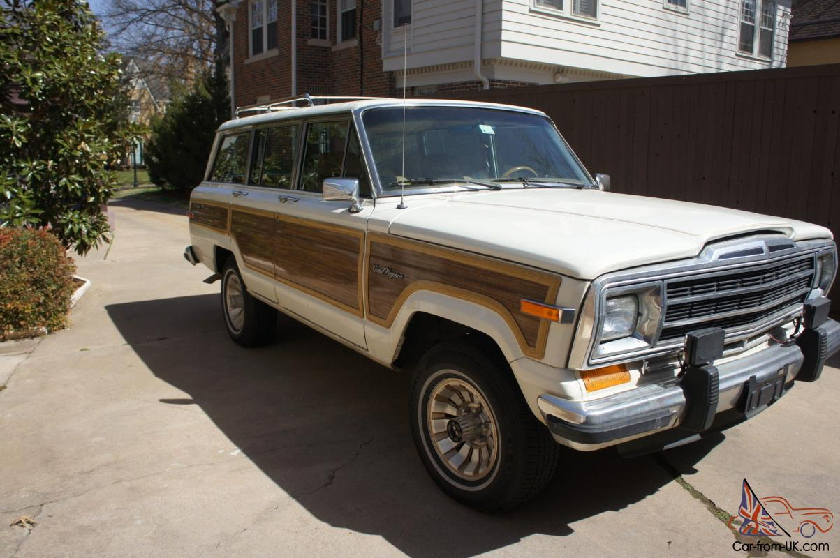 1987 Jeep Grand Wagoneer White With Wood Paneling