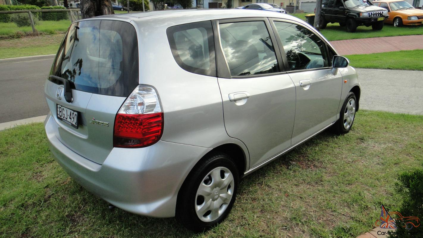 2007 honda jazz 7 speed automatic one owner no reserve in. Black Bedroom Furniture Sets. Home Design Ideas