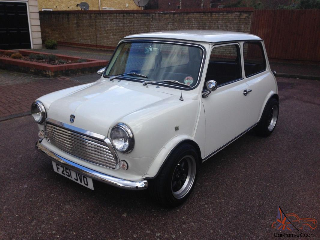 classic mini austin rover not cooper white 1275 manual immaculate. Black Bedroom Furniture Sets. Home Design Ideas