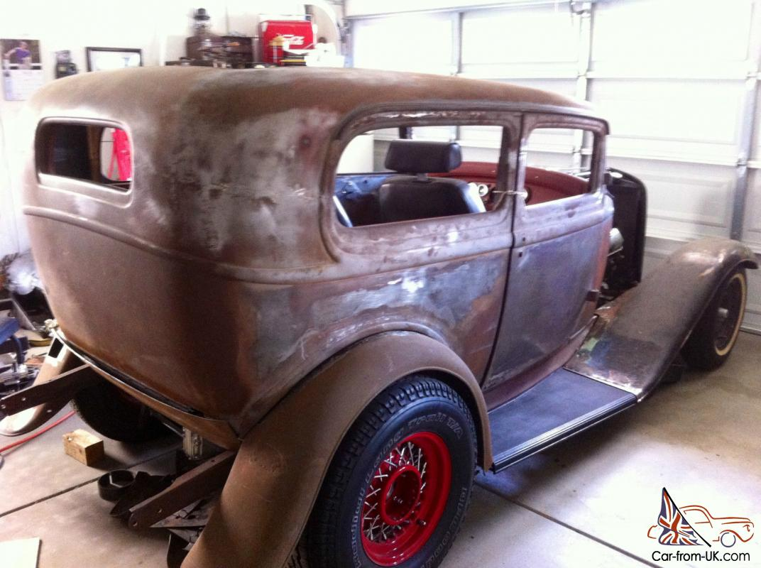 1932 Ford Tudor - Real Steal
