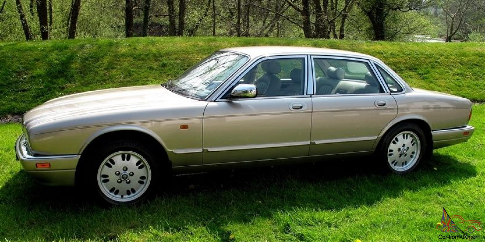 1995 jaguar xj6 3 2 sovereign auto x300 just 50k miles 18 stamps immaculate