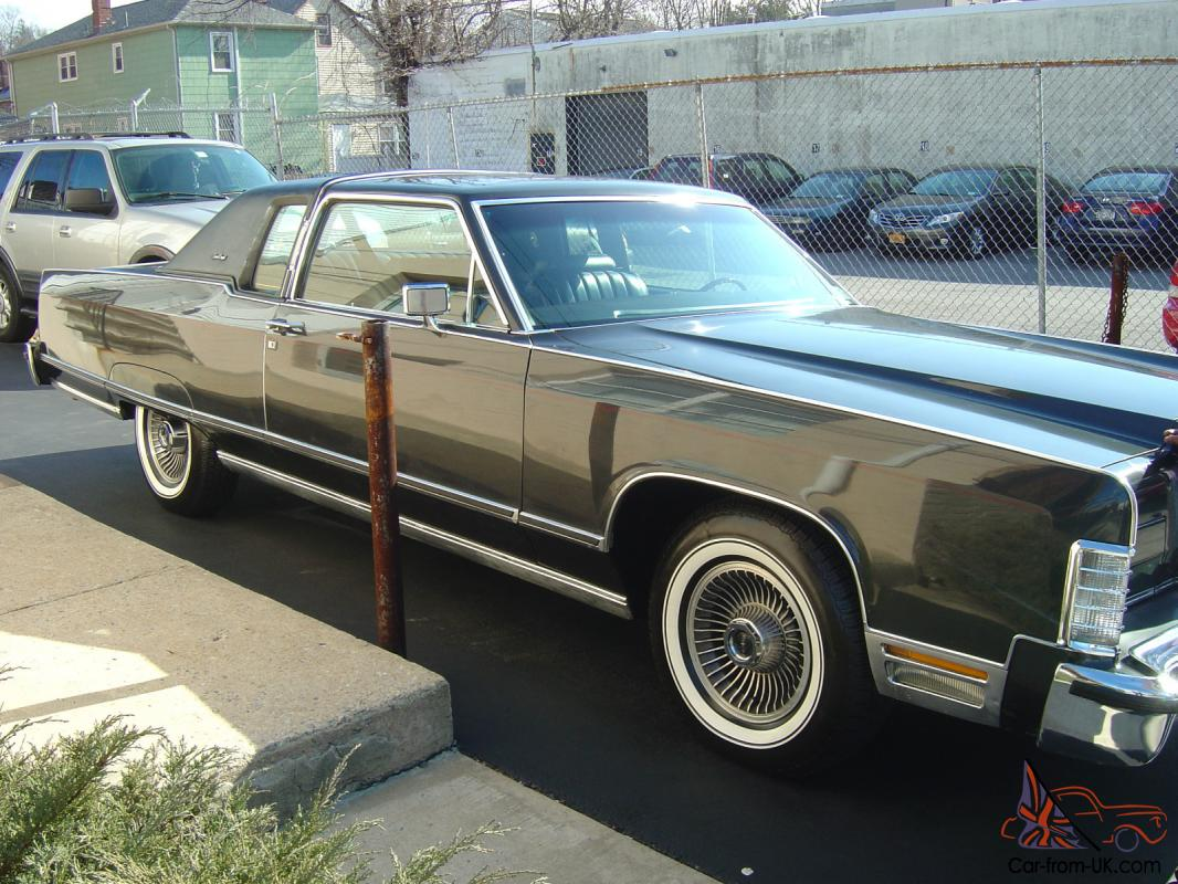 1977 Lincoln Town Coupe All Original Rare Color Combination