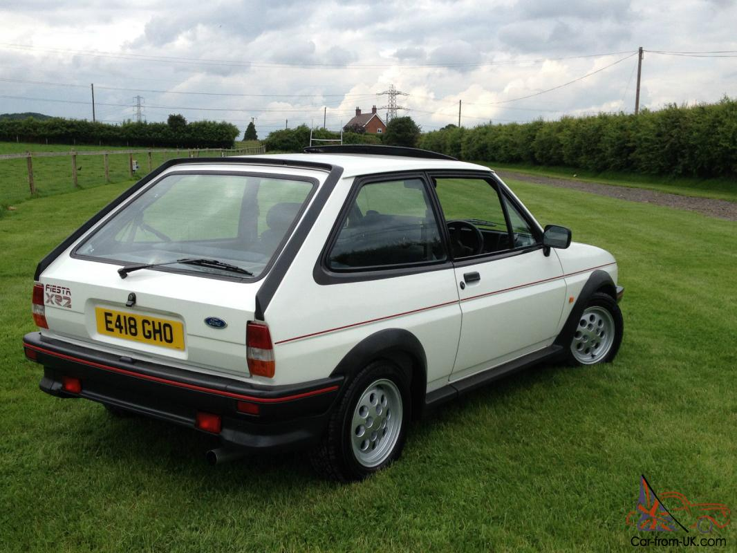 ford fiesta xr2 39k from new totally mint car you wont find better. Black Bedroom Furniture Sets. Home Design Ideas