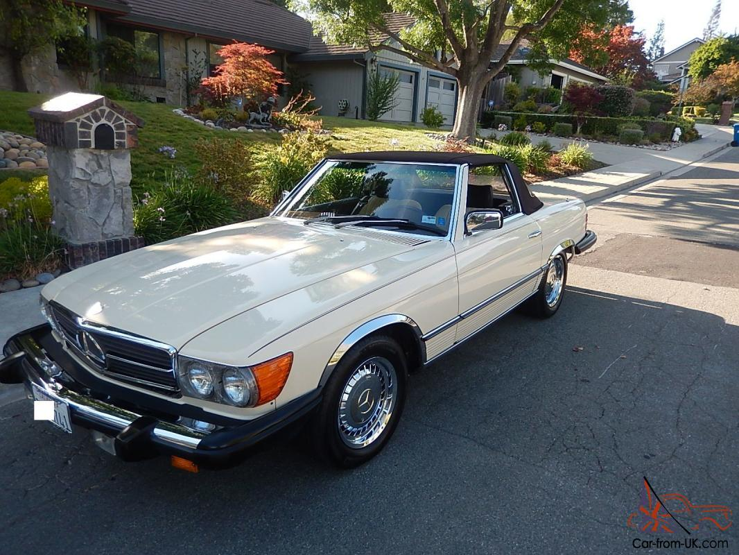 1983 mercedes benz 380 sl convertible with separate hardtop. Black Bedroom Furniture Sets. Home Design Ideas