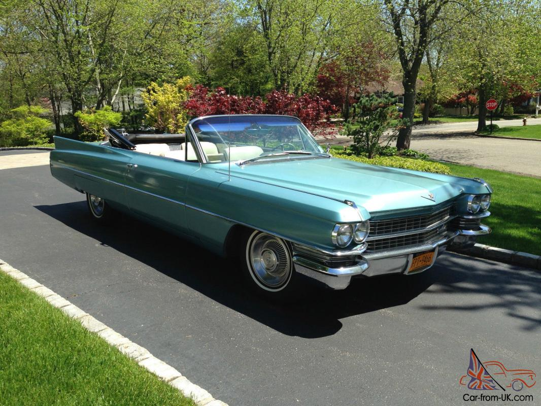 1963 Cadillac Coupe DeVille Convertible in light blue