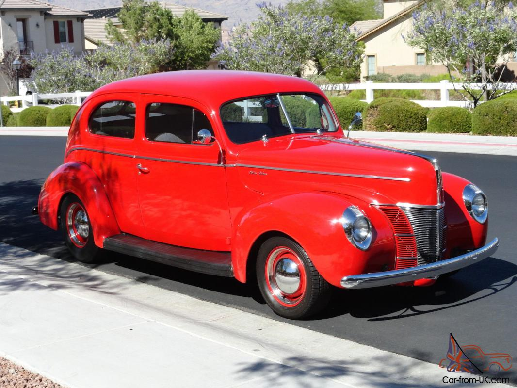 1940 Ford Deluxe Rust Color