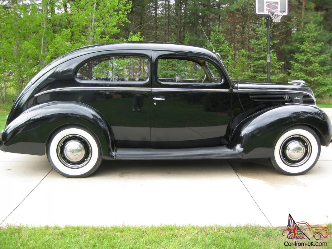 1938 ford 2 door deluxe sedan restored original v8