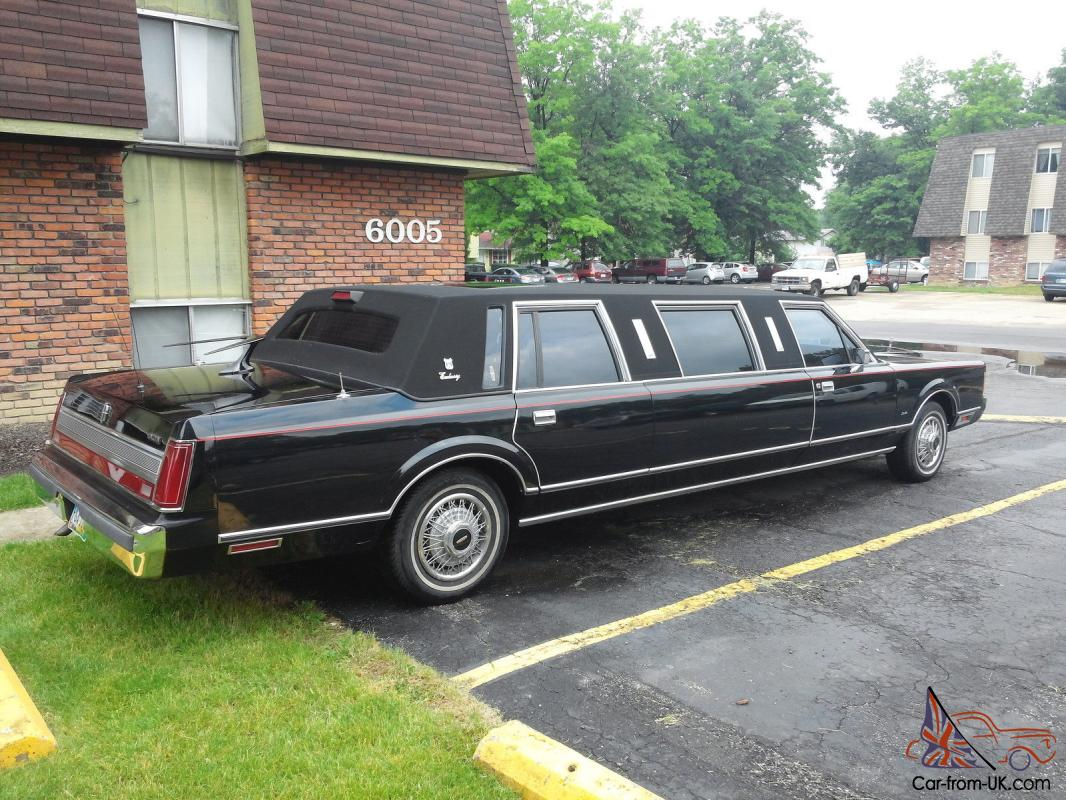 Limousine 89 Lincoln Town Car Beautiful