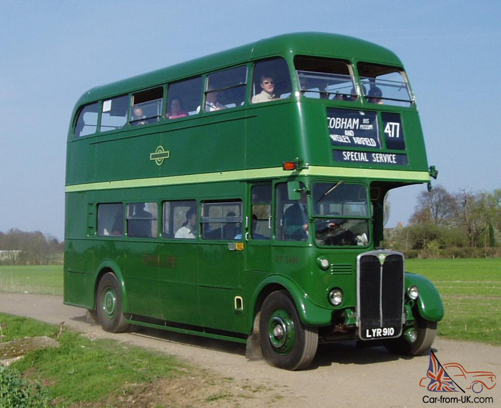 File:1950 AEC Regent Mk III RT double decker bus