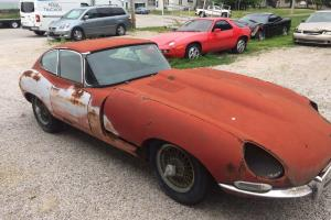 Jag 67 E type Serie 1 fhc, complete car, matching numbers, same owner for 40yrs, Photo