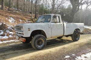 1971 International 1310 Base 5.6L  1 ton 4wd pickup  NO RESERVE!!