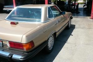 1986 Mercedes-Benz 560 SL LOW Miles