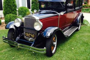 1929 NASH 470 DUAL COIL BLACK OVER MAROON Photo