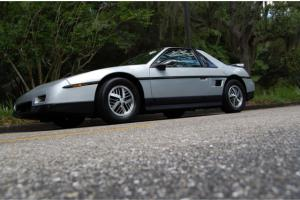 1986 Pontiac Fiero 2M6 11K Original Miles Survivor Time Capsule Factory Paint