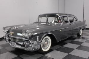 FAMOUS FLEETWOOD, RARE LIMOUSINE, CORRECT COLORS, FULLY LOADED, MOVIE STAR!