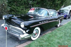 1957 Buick Roadmaster Base Hardtop 4-Door 6.0L