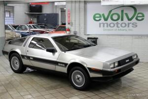 BANKRUPTCY SALE - LOW RESERVE - 5900 MILES - COLLECTOR QUALITY - DELOREAN DMC 12