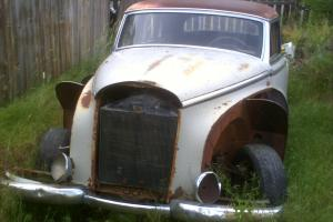 1954 300 adenauer D  rare mercedes complete engine and 4 speed trans