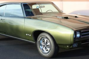 RARE 1969 Pontiac GTO Ram Air IV 4spd 4.33 verdoro/black *sold new in Canada*PHS