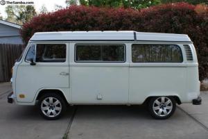 1973 Volkswagen VW Bus Camper Pop Top 1915cc motor Bay Window 73 van hippie