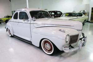 Fuel Injected 350ci - Air Conditioning - Great Cruiser!