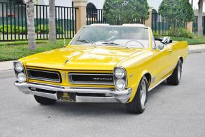 Super straight very rare 1965 Pontiac LeMans Convertible 6 cly auto 2 owner car