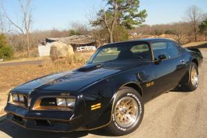 78 Pontiac Trans Am 6.6 400ci V8 Auto Black / Gold Fresh Paint A/C 1000's spent!