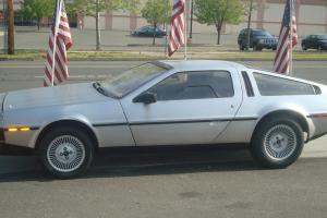 1984 DeLorean
