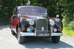 1960 Jaguar MK IX Automatic Saloon