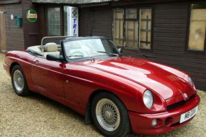 MGRV8 - EXCELLENT CAR WITH UPGRADES - NIGHTFIRE RED MG RV8 !!