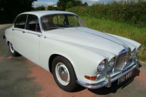 Jaguar 420 manual 4 door 1968 MANUAL WITH OVER/DRIVE
