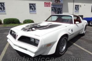 White over Red Smokey and the Bandit Trans Am #s Match