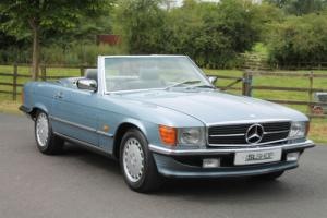 Mercedes-Benz 300 SL | Grey Leather | Heated Seating | Warranty Photo