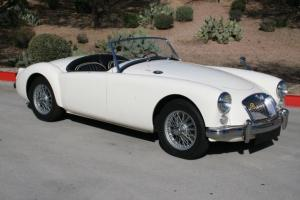 Beautiful 1960 MGA 1600 Roadster! Ivory white/black leather interior Photo