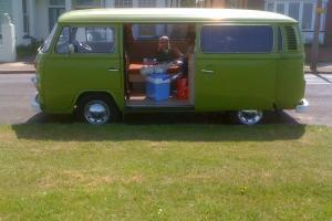 VW Camper Van t2 (1976)