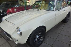 MG/ MGB V8