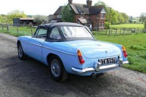 1964 MG B Roadster  Photo