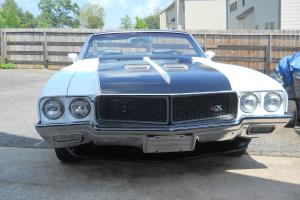 1970 Buick Skylark Custom Convertible 2-Door 7.5L