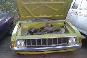 Valiant Charger Chrysler 1975 Green